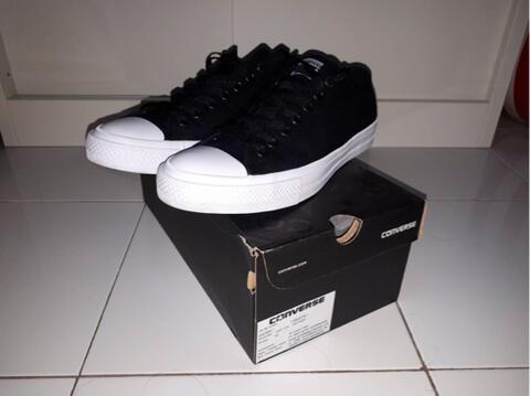 Terjual Converse chuck taylor II 2 ct original BNIB size 43  f8a4358595