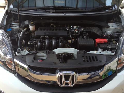 Oper Kredit / Over Kredit Honda Mobilio E CVT Prestige 2016 Warna Putih. Mantap.!!