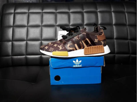 853750221d998 Supreme x Louis Vuitton x adidas NMD R1 BY3087 KicksVogue