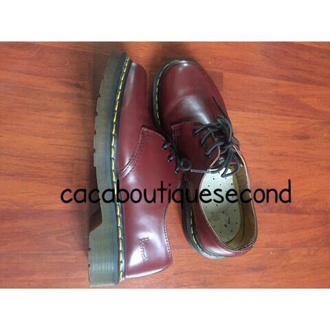 sepatu docmart authentic cherry res