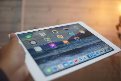 iPad Air 2 16gb WIFI + Lte gold murah bandung EX RESMI INDO