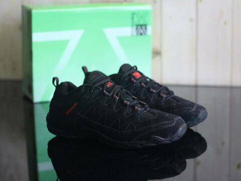 Sepatu Karrimor For Man Size 39-43