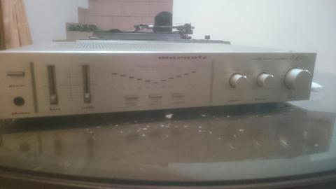 turntable vinyl piringan hitam Vestak dtx-d3 dan ampli Marrantz