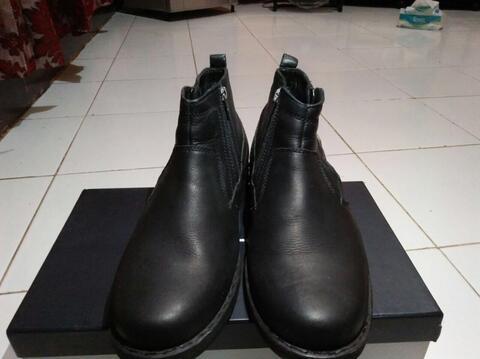 Terjual sepatu boots camel active original  556e68f222