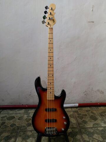Jual bass G&L JB2 tribute sunbrust