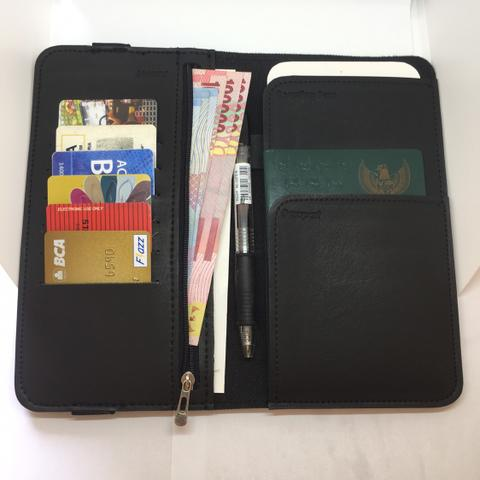 I'M possible travel wallet - rubber band