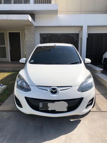 Mazda 2 Sedan 1.5 S