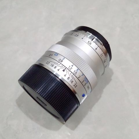 [CAKIM] WTS lensa Carl Zeiss Planar 50mm F2 ZM for Leica M mount like new