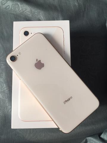 WTS iPhone 8 64GB (GOLD) RESMI.