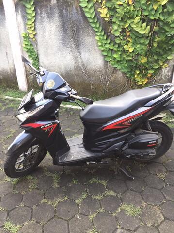 Jual Honda Vario PGM-FI Black 2016