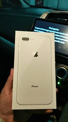 iPhone 8 Plus 64 GB White Garansi Resmi iBox Indonesia