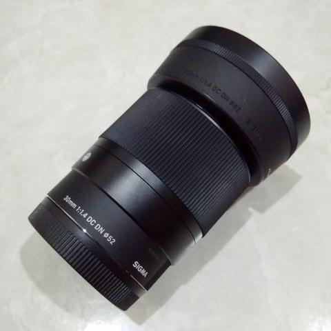 [CAKIM] WTS lensa Sigma 30mm F1.4 DC DN For Sony like new garansi juli 2019