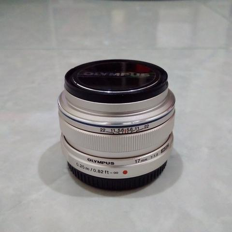 [CAKIM] WTS lensa Olympus MZD 17mm F1.8 like new