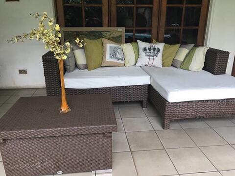 Hasil gambar untuk sofa teras