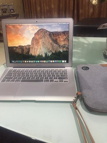 Macbook Air 13 inch 2017 MQD42 256GB ram 8gb mulus terawat