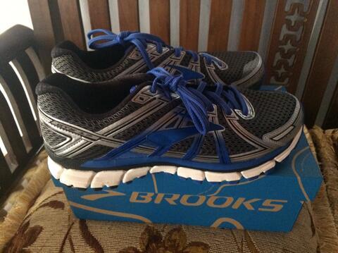 Sepatu Lari Running Brooks Adrenaline GTS 17 Original not nike adidas asics puma NB