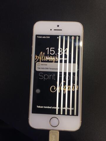 service lcd iphone all tipe 4,5,6,7 service di tempat perbaikan di tempat