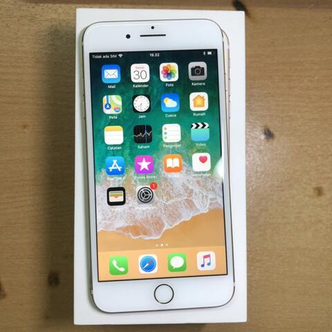 iPhone 7 Plus 128GB Gold Mulusss parah no minus fullset original ZP/A