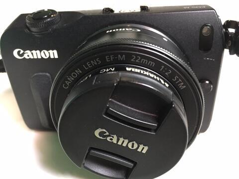 Canon EOS-M + lens 22mm 1:2 STM