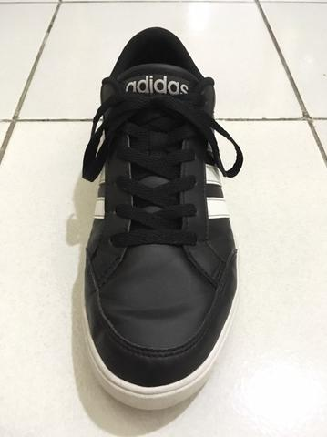 Adidas VS Set 100% Original (NOT Nike, Puma, Asics, Brooks)