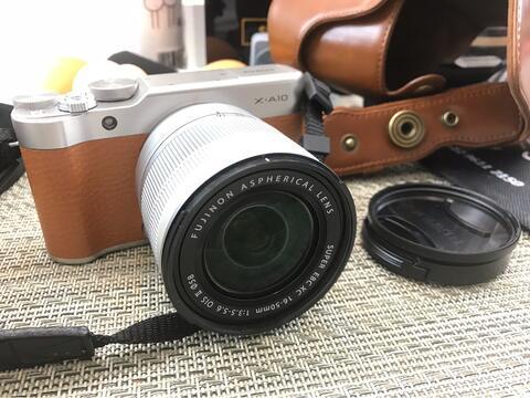 Fujifilm X-A10 lens kit FUJINON LENS XC 16-50mm F3.5-5.6 OIS II mirrorless camera
