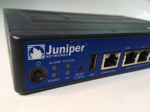 Juniper SRX100 / SRX 100 Firewall / Router