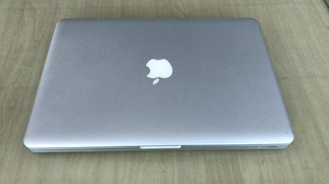 MacBook pro MD101 very mint ++