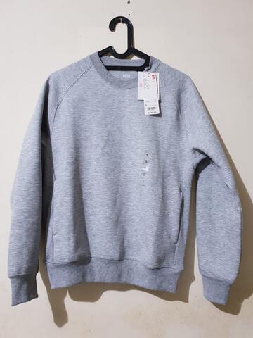 Uniqlo Sweater Grey