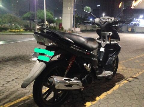 Suzuki Skywave nightrider