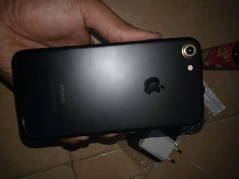 iPhone 7 Batangan
