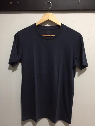 KAOS T-SHIRT UNIQLO SUPIMA COTTON NAVY