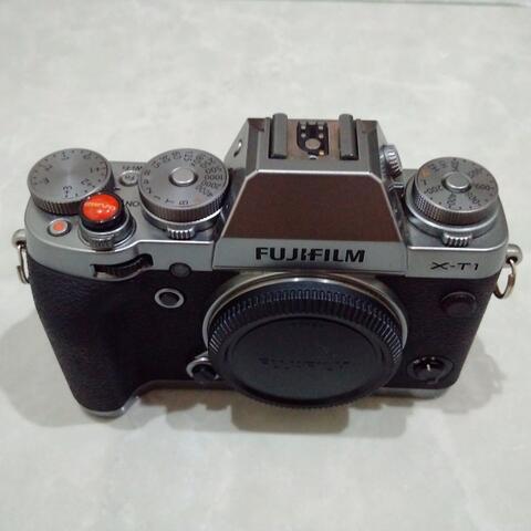 [CAKIM] WTS Fuji Fujifilm X-T1 Graphite Silver mulus murah