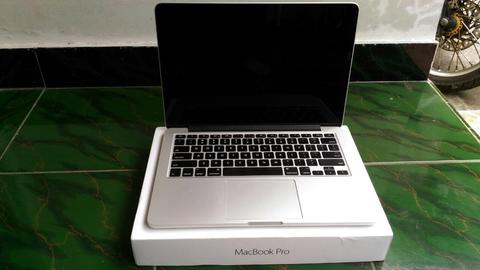 Macbook Pro Retina Display Early 2015 MF840 Core i5 Ram 8gb Ssd 256gb 13 inch FULLSET