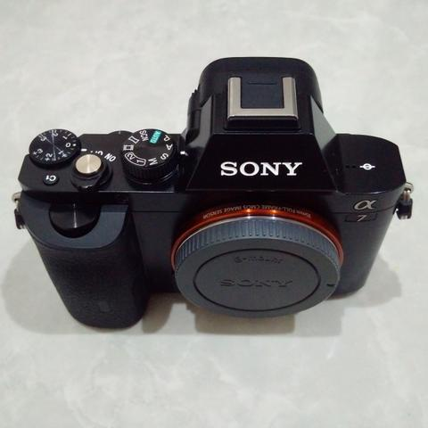 [CAKIM] WTS Sony A7 body only like new garansi november 2018