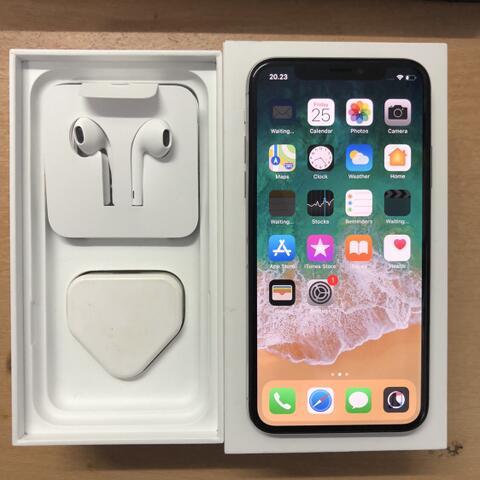 iPhone X - 10 256GB Silver Mulus Garansi inter sing ZP/A Maret 19