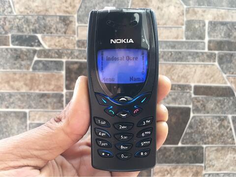 Nokia 8250 Black Normal Hp Jadul Layar Biru Klasik Antik Handphone Nostalgia