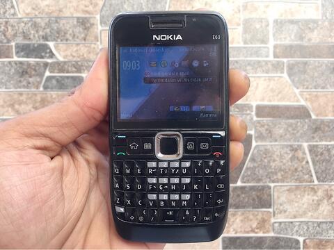 Nokia E63 Black Normal Hp Jadul Klasik Kamera Qwerty Handphone Nostalgia