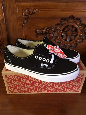Vans Authentic Classic Black White