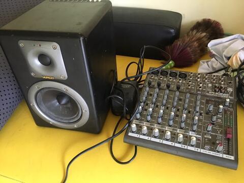 mixer phonix helix 12 dan 1 unit spkr flat tapco