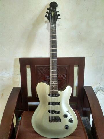 INDIE Stratocaster Gitar Elektrik