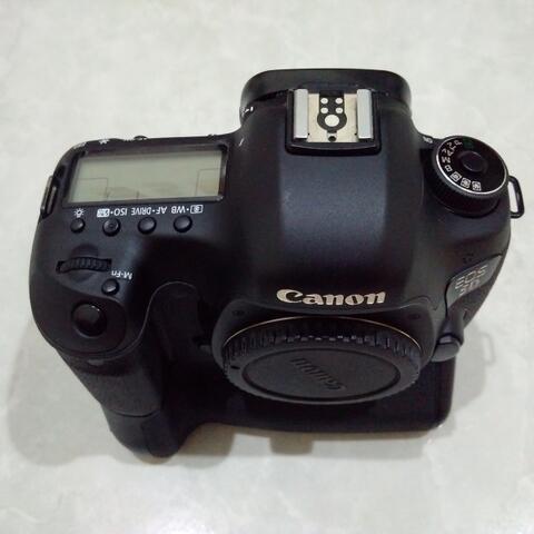 [CAKIM] WTS Canon EOS 5D mark III bonus BG Baterai dan memory mulus