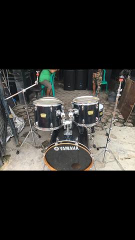 drum yamaha yd series tanpa cymbal dan bangku