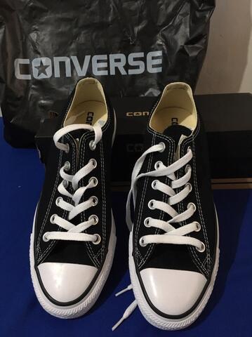 wts : Sepatu Converse basic hitam original 1000%