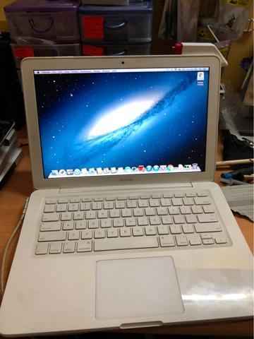 Macbook White PolyCarbonate