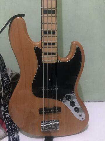 jual gitar bass crafstman natural