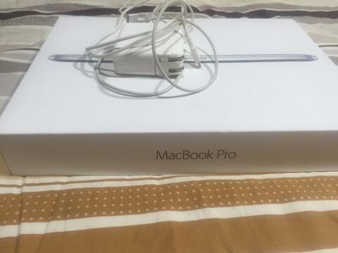 Macbook Pro Retina 13 inch MF840 ssd256 ram 8 2015 beli 2016 mulus Fullset like new