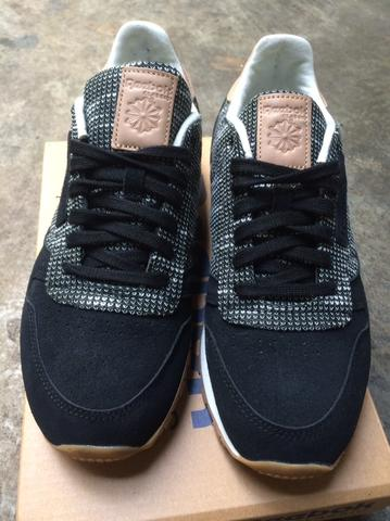 FS Reebok Classic Leather EBK (not asics nike adidas puma new balance)