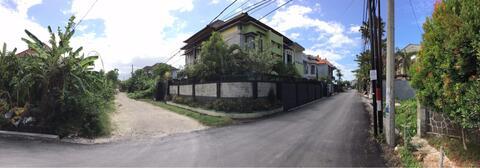 Rumah Asri 2 Lantai + Kolam Renang di Tukad Badung, Renon, Denpasar