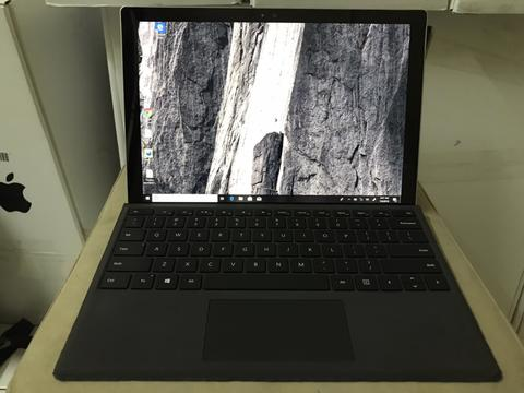 Microsoft Surface Pro 4, i5 6300U, SSD128gb, Ram4gb mulus
