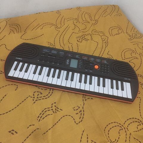 WTS Keyboard MINI Casio SA-76 2nd Bandung, mulus!